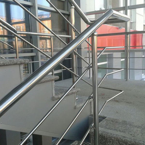 Перила для лестниц - Услуги